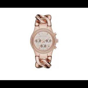 Michael Kors Runway Twist Chain Rose Gold Watch